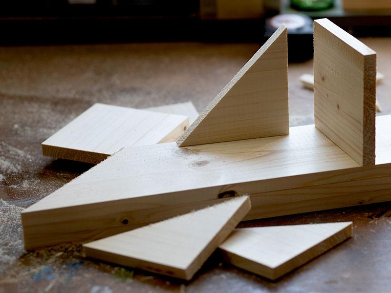 heimwerken kleben basteln bauen diy uhu kleber schluesselablage saegen holz