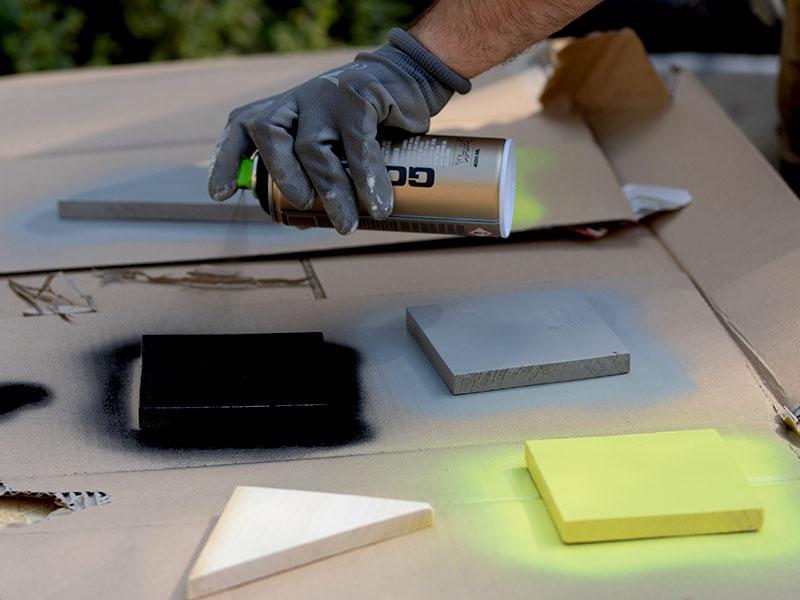 heimwerken kleben basteln bauen diy uhu kleber schluesselablage lackieren